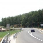 Prilaz parkingu Manastira Zica